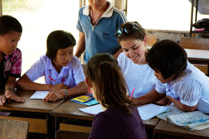 Volunteer teaching in a Thailand school