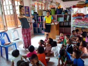 Trabalho voluntário na Tailândia em creches