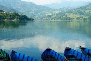 Lago no Nepal