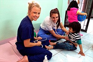 Volunteer Doctors in one of our Summer Programs in a pediatric clinic in Thailand