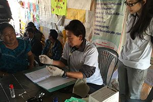 Volunteer Doctor in one of our Summer Programs in a rural clinic in Nepal