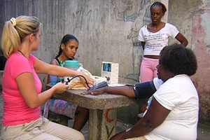 Voluntáiro médico no Rio de Janeiro