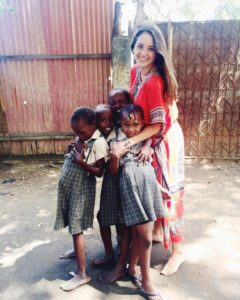 Samantha volunteering in Kenya