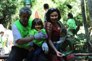 Felipe with Samara Cipriano volunteering at Tijuca Rainforest