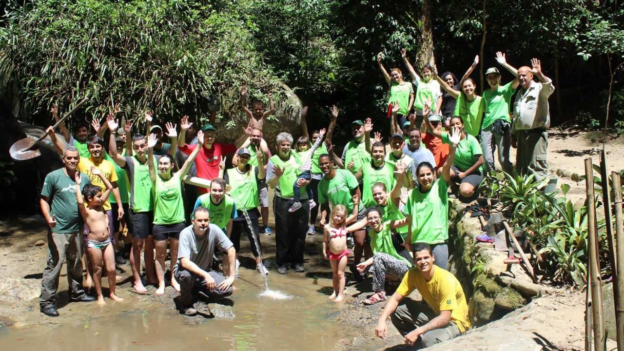 Environmental volunteers at the Tijuca Rainforest