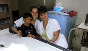 Voluntário médico na Índia