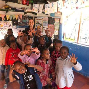 Kindererzieherin an einem Kindergarten in Kapstadt